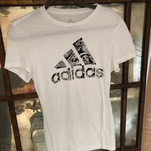 Casual Athletic Adidas White and Black Tee